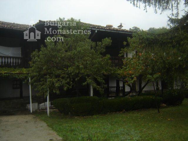 Къпиновски манастир - Жилищни сгради (Снимка 3 от 20)