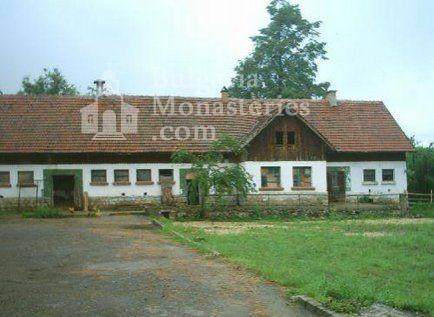 Клисурски манастир (Снимка 18 от 34)
