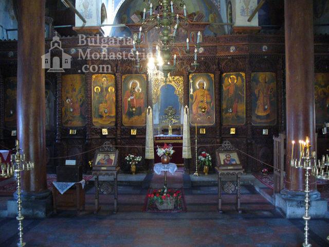 Клисурски манастир - Църковният олтар (Снимка 27 от 34)