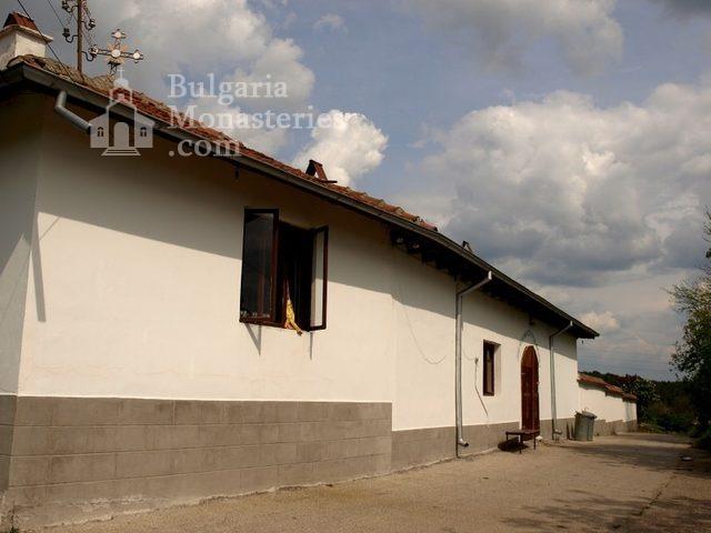 Копривецки манастир (Снимка 3 от 18)