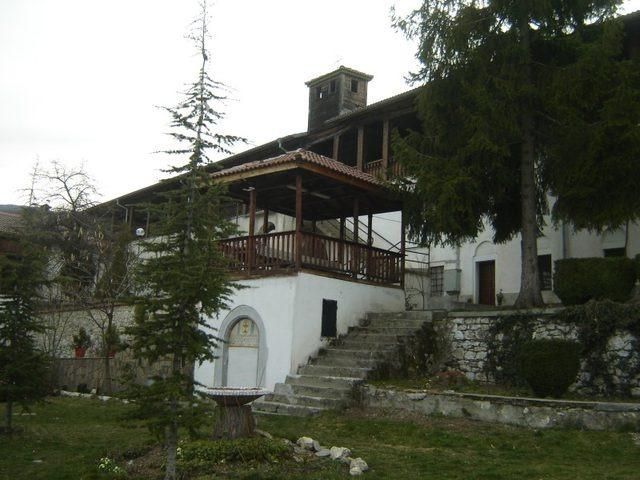 Кукленски манастир - Жилищните сгради (Снимка 17 от 27)