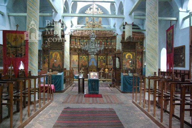 Лопушански манастир - Вътрешността на църквата (Снимка 21 от 23)