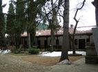 Мъглижки манастир - Двора