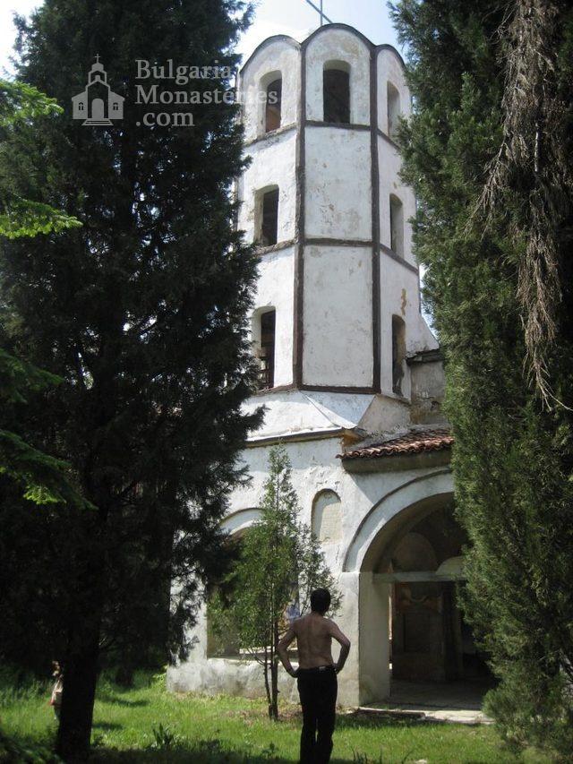 Мулдавски манастир - Църквата с камбанарията (Снимка 14 от 31)