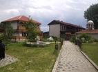 Обрадовски манастир - Комплексът от вън
