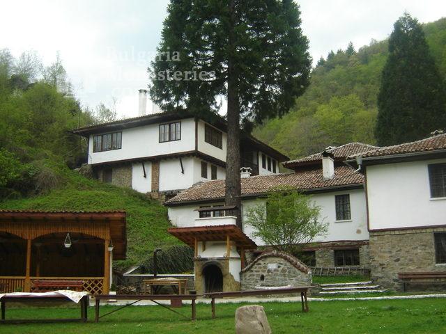 Осеновлашки манастир (Снимка 1 от 27)