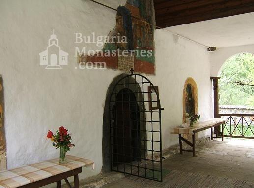 Осеновлашки манастир (Снимка 10 от 27)