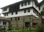Осеновлашки манастир - Жилищните сгради
