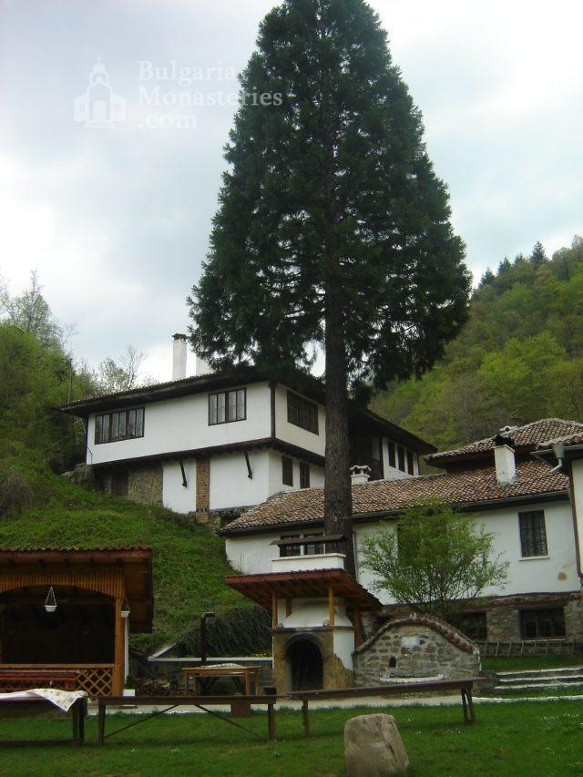Осеновлашки манастир - Комплексът (Снимка 20 от 27)