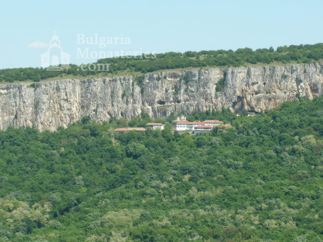 Патриаршески манастир (Снимка 2 от 23)