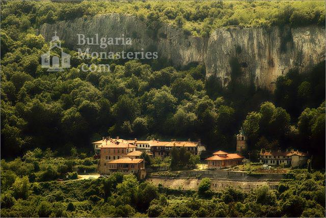 Преображенски манастир - Преображенски манастир (Снимка 1 от 29)