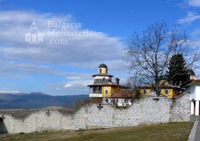 Ресиловски манастир - Манастирът от вън (Снимка 23 от 29)