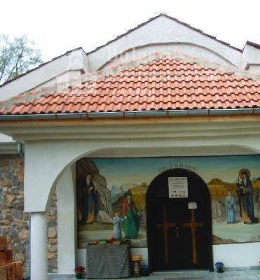 Руенски манастир - Входа на църквата (Снимка 13 от 19)