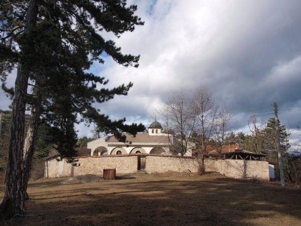 Смолянски манастир (Снимка 4 от 9)