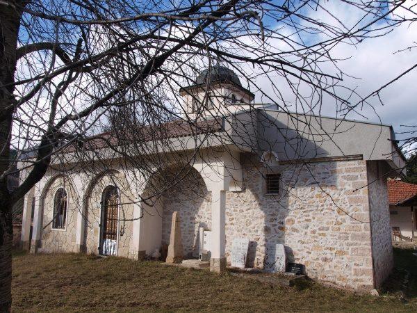 Смолянски манастир - Църквата (Снимка 5 от 9)