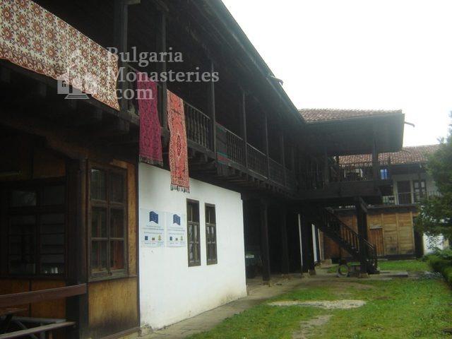 Соколски манастир (Снимка 29 от 40)