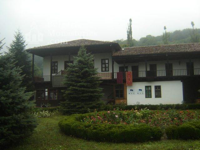 Соколски манастир (Снимка 31 от 40)