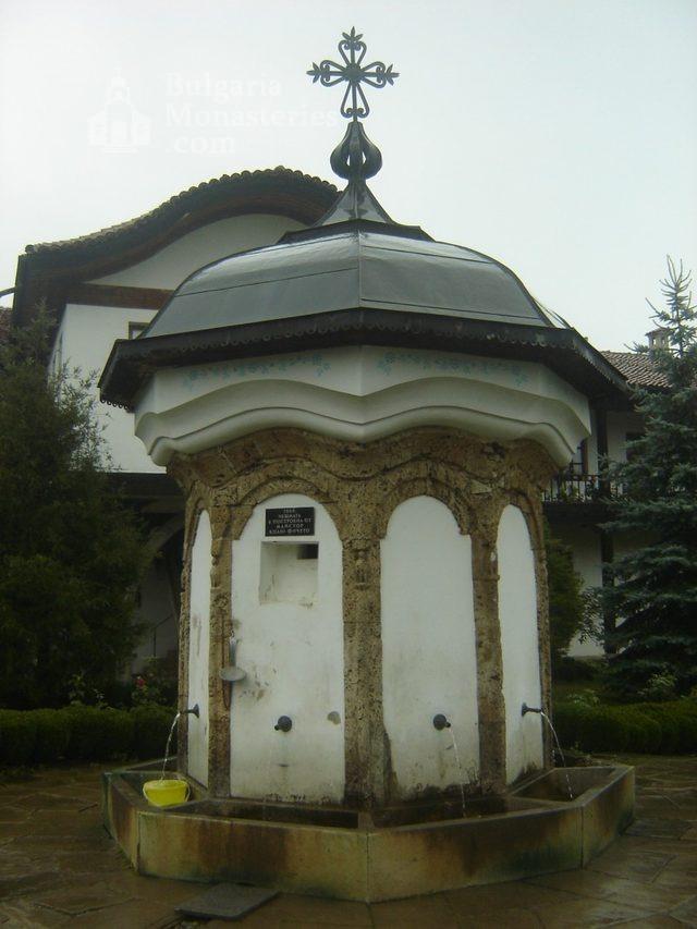 Соколски манастир (Снимка 32 от 40)