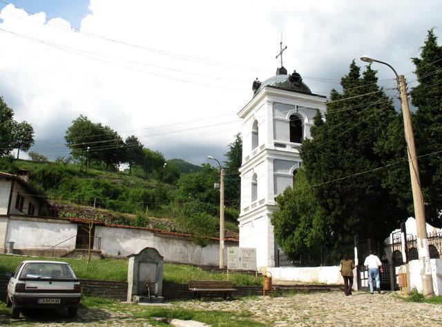 Сопотски метох - Камбанарията (Снимка 3 от 28)