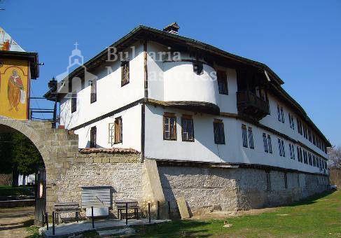 Струпешки манастир - Жилищната сграда (Снимка 8 от 11)