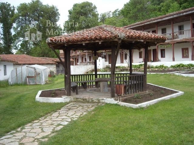 Устремски манастир (Снимка 5 от 23)