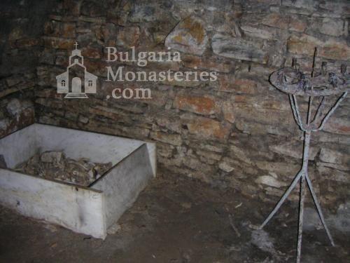 Устремски манастир (Снимка 16 от 23)