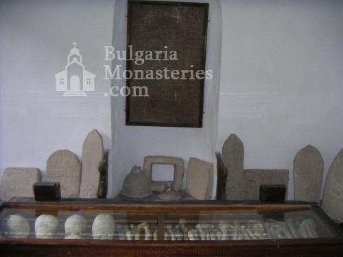 Устремски манастир (Снимка 17 от 23)
