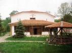 Устремски манастир - Дворът на манастира