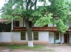 Земенски манастир - Жилищните сгради