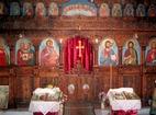 Златарски манастир - Иконостасът в църквата