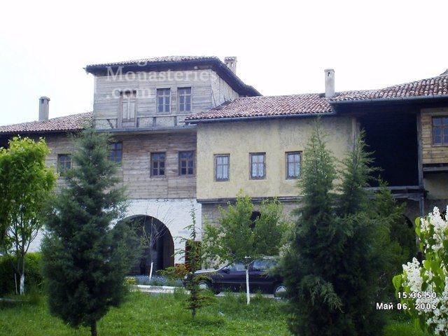 "Arapovski Monastery ""St. Nedelya"" - Residential building (Picture 2 of 27)"
