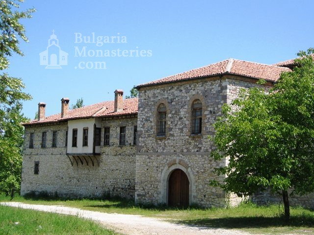 """Arapovski Monastery """"St. Nedelya"""" - The complex from the outside (Picture 7 of 27)"""