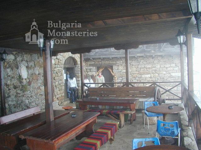 Glozhene Monastery (Picture 16 of 33)