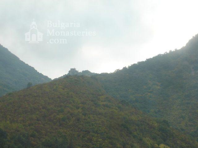 Glozhene Monastery (Picture 18 of 33)