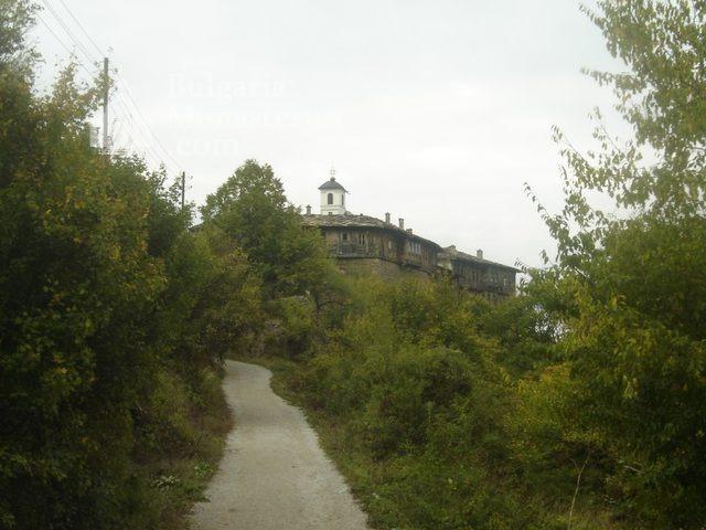 Glozhene Monastery (Picture 20 of 33)