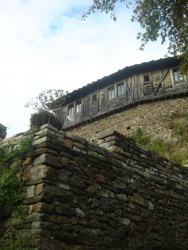 Glozhene Monastery (Picture 32 of 33)