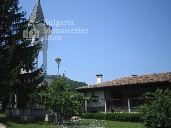 Kapinovo Monastery (Picture 13 of 20)