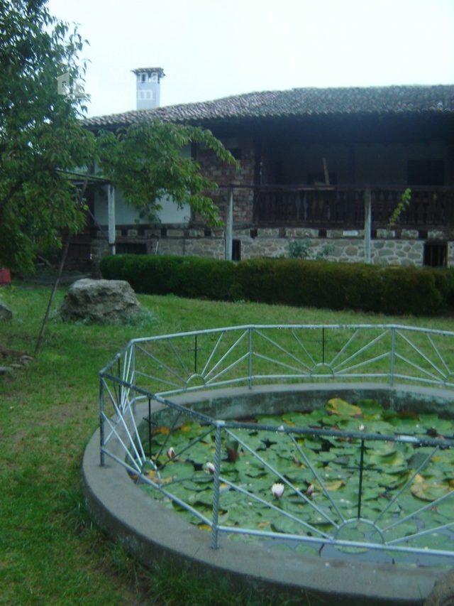 Kapinovo Monastery (Picture 15 of 20)