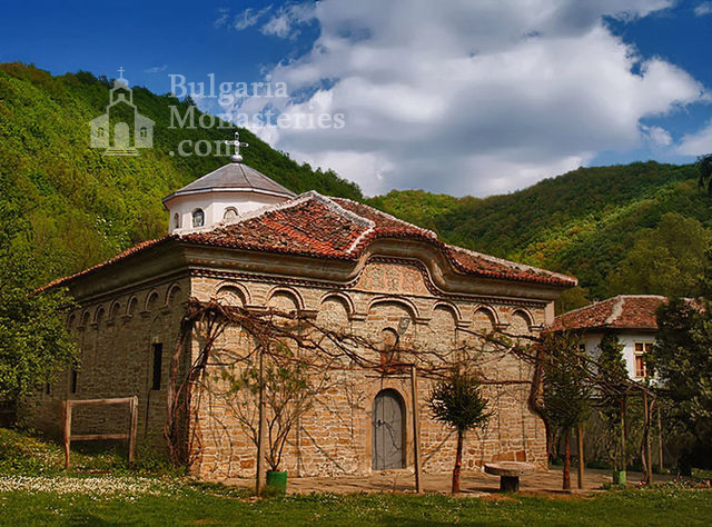 Kilifarevo Monastery - The church