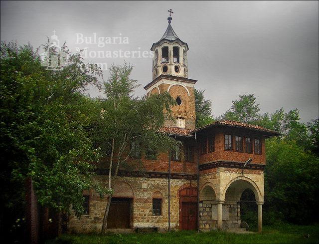 Plakovski Monastery - The belfry (Picture 2 of 12)