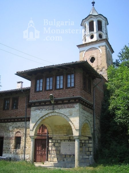 Plakovski Monastery - The monastery complex with the bell tower (Picture 10 of 12)