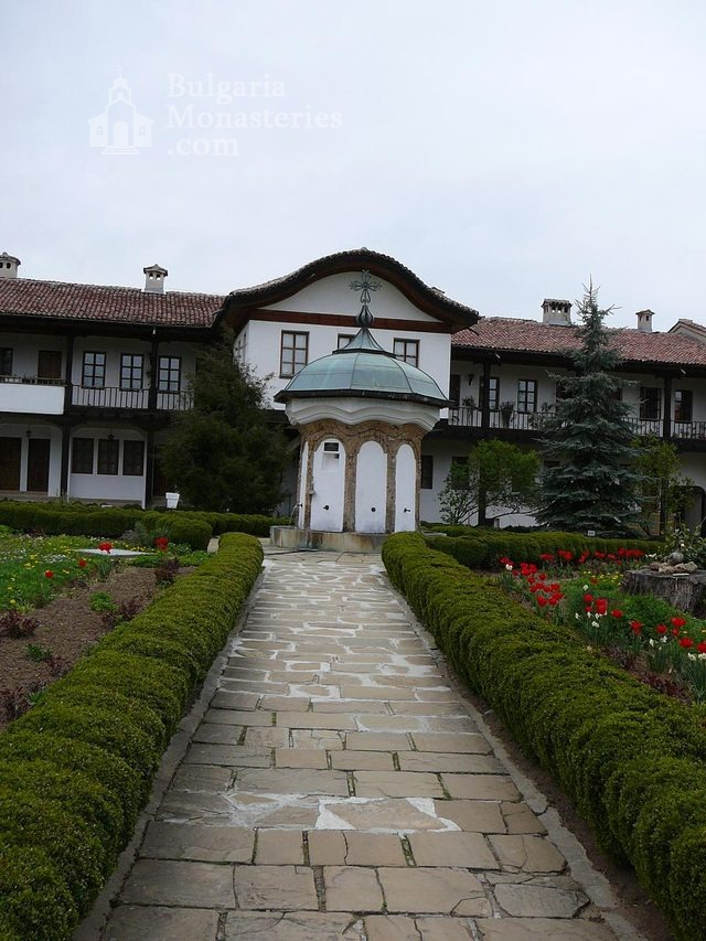 Sokolski Monastery (Picture 14 of 40)