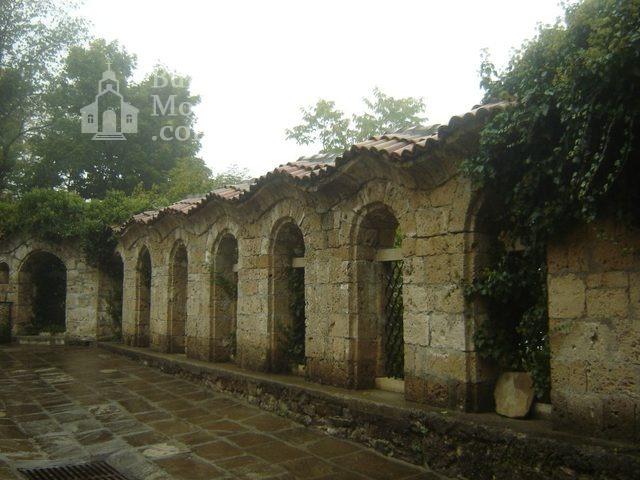 Sokolski Monastery (Picture 36 of 40)