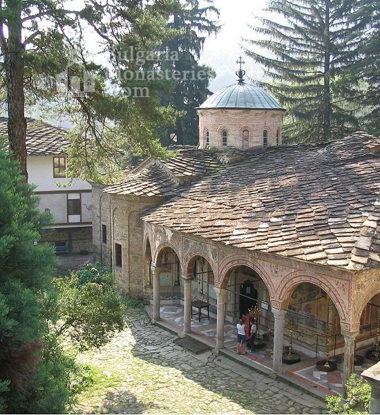 """Troyan Monastery """"Holy Mother's Assumption"""" (Picture 2 of 50)"""